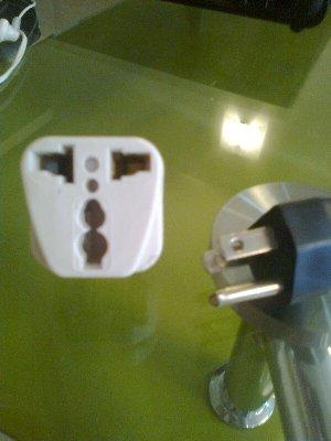電源コードと差し込みプラグ