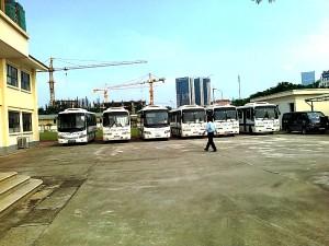 ハノイ日本人学校で用意される送迎バス