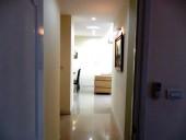 主寝室とリビングをつなぐ廊下