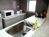 広々した清潔感あふれるキッチン