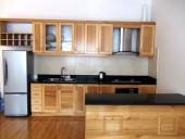 動線の優しい広々キッチン