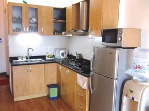 単身者向けキッチン「自炊する方には丁度いいくらいのスペースです」