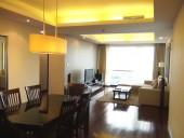 Fraser Suites2ベッドルームのリビング・ダイニングスペース