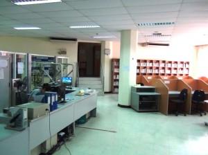 綺麗で静かなVJCCハノイ図書館