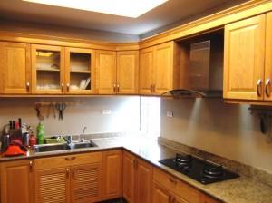 ゆったりと広いキッチン