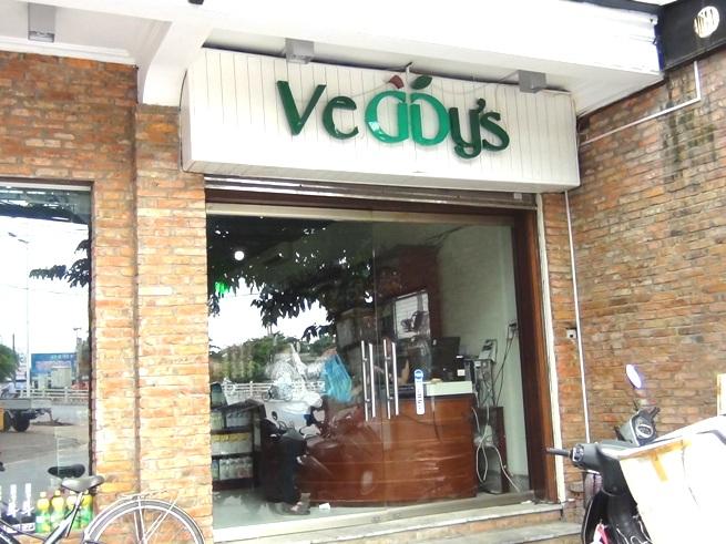 ダラット産の無農薬野菜を取り扱う「Veggy's」