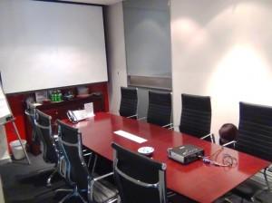 共用の会議室(レンタルオフイス)