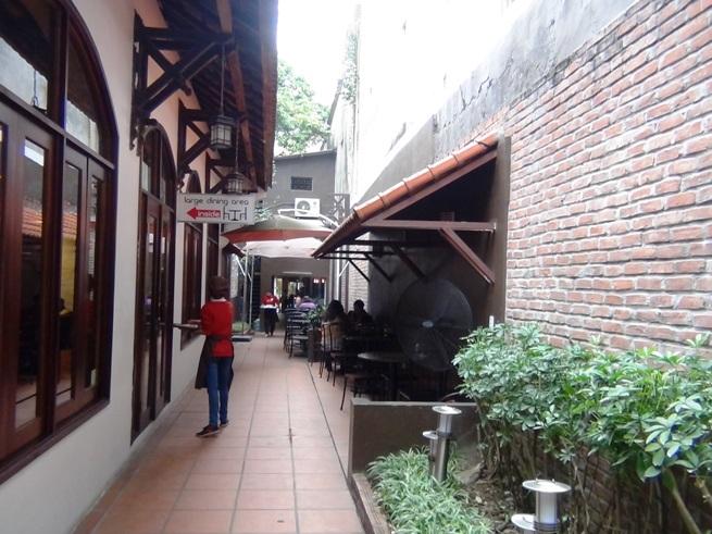 店の奥にある「Large Dining area」