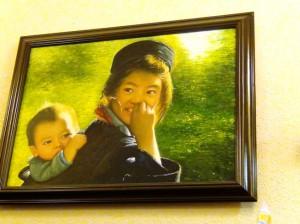 雑貨店「Chie」にさりげなく掛かっている絵画