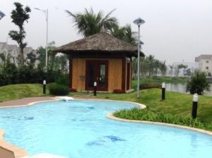 プールの使用料は家賃に含まれています