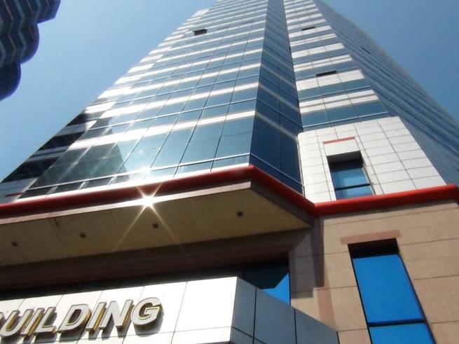 HCO Building(メリアハノイの隣のオフィスビル)の全容
