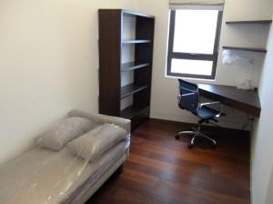 リビング横の多目的スペース「もちろん寝室にも使えます」