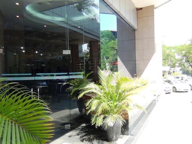 HCO Buildingの入り口スペース