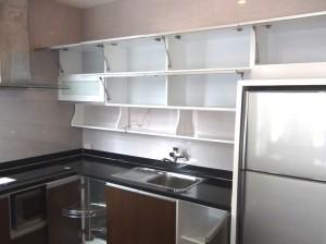 キッチン収納「IHコンロでとても使いやすいですね」
