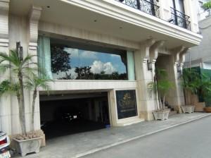 Shinny Apartmentの入り口玄関の雰囲気
