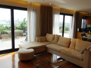 6階の部屋「アウトリビングに相当する広いバルコニーが特徴の部屋です」