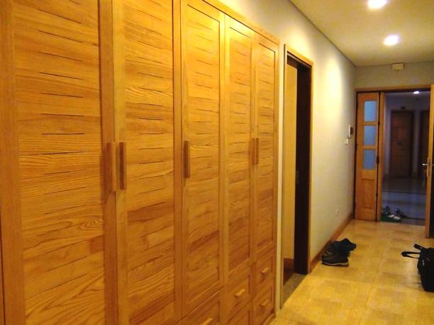 2ベッドルームの廊下収納