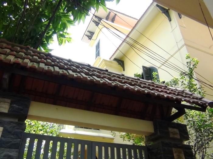 「To Ngoc Van通り」界隈にある大使館員が住むvilla2