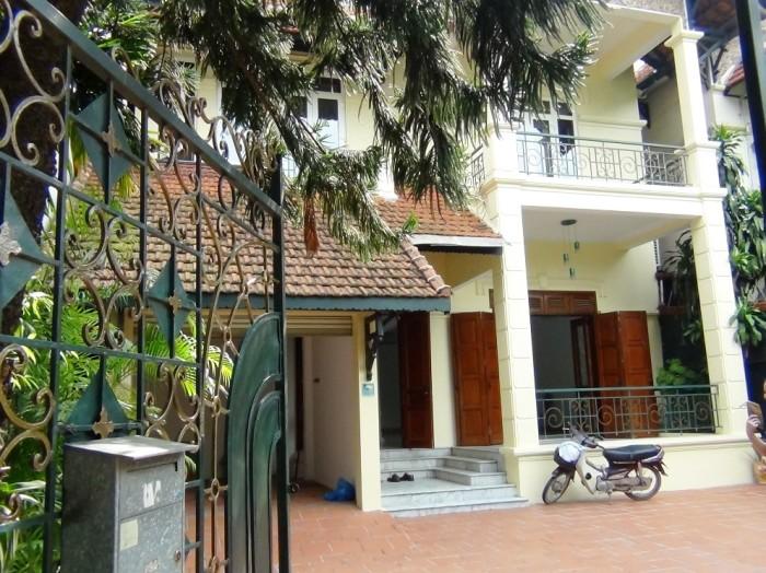 静かな雰囲気、ベトナム建築独特の風味漂うvillaです