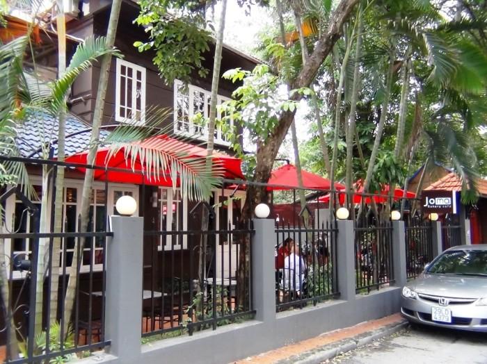 Joma Bakery Cafe「住所は、43 To Ngoc Van, Tay Ho Dist」