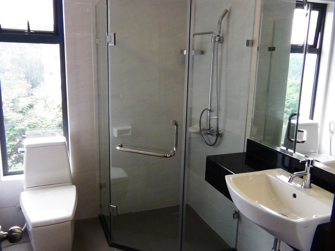2ベッドルームのシャワー室