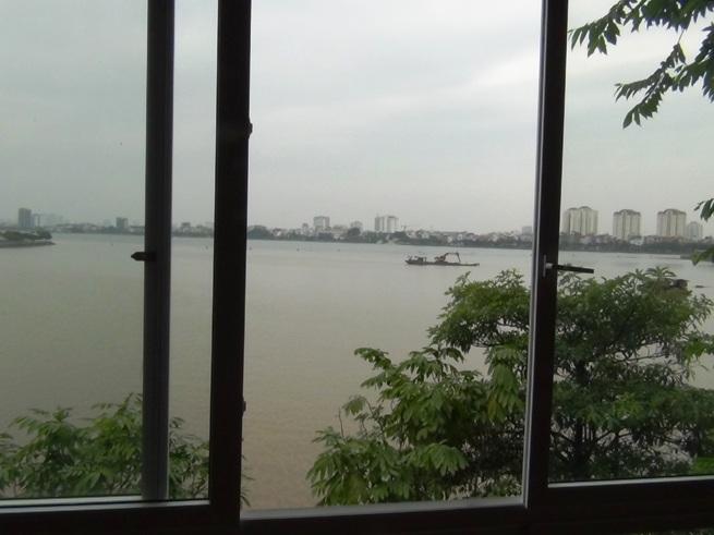 タイ湖のビューが一望にできます