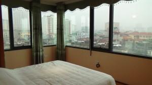 2ベッドルームのメインベッドルーム