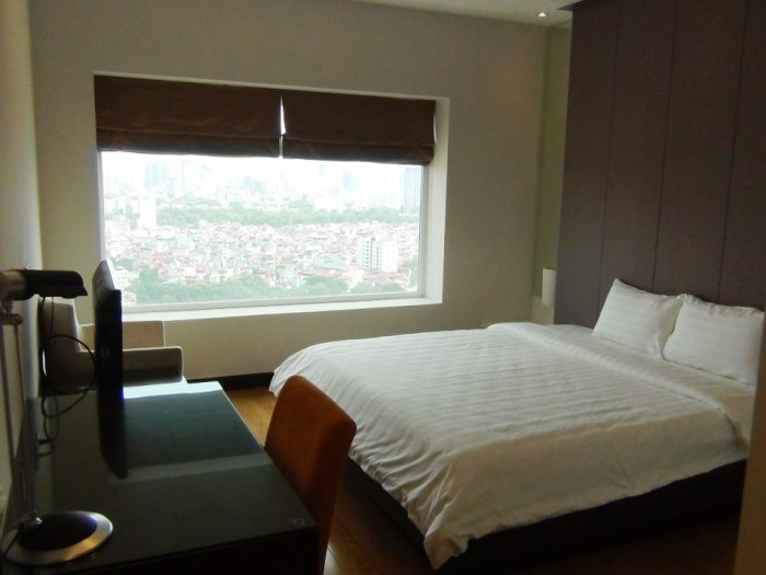24階から眺めるCity Viewが嬉しいメインベッドルーム