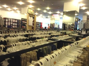 男性服売り場