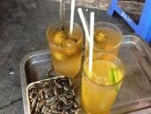 「Sau Da」と「Tra Chanh Da」、どっちも暑いハノイに無くてはならない飲み物です