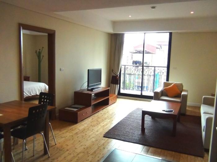 3階の1ベッドルーム(76㎡)のリビング風景