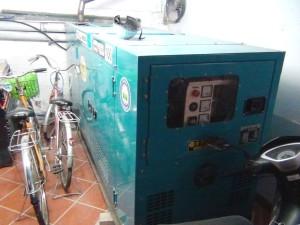 日野ディーゼル(日本製)の発電機「停電時のバックアップは100%OKです」