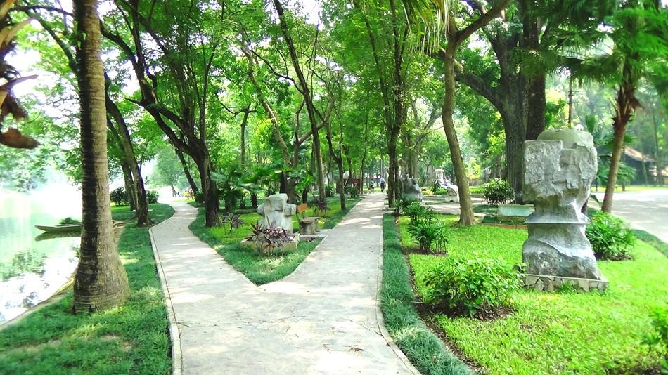百-散歩道