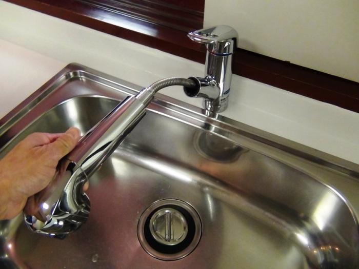 セントラルの浄水装置で濾過された水を更に部屋の蛇口で2重に濾過する盤石な浄水システムです