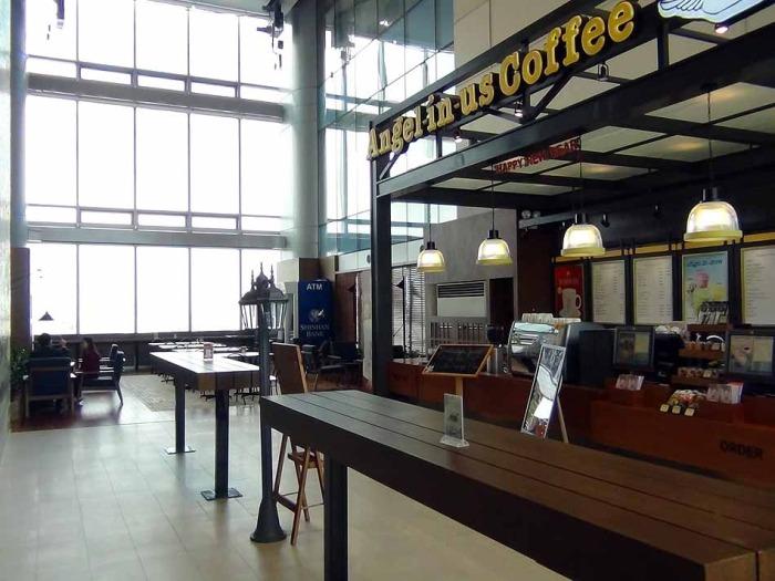 Angel in us Coffee「オフィススペースの憩いのCafeです」