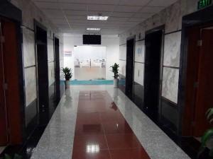 9階のエレベーターホール