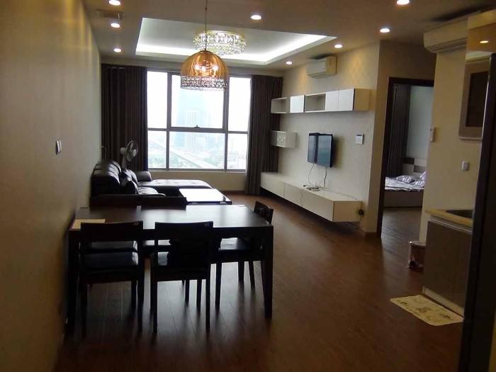 2ベッドルーム(90㎡)の室内風景
