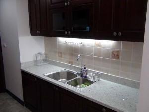 キッチン周りにはちょっとした助かる備品がさりげなく置かれています
