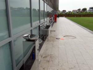 大運動場の際にも飲める飲料水スポットがあります
