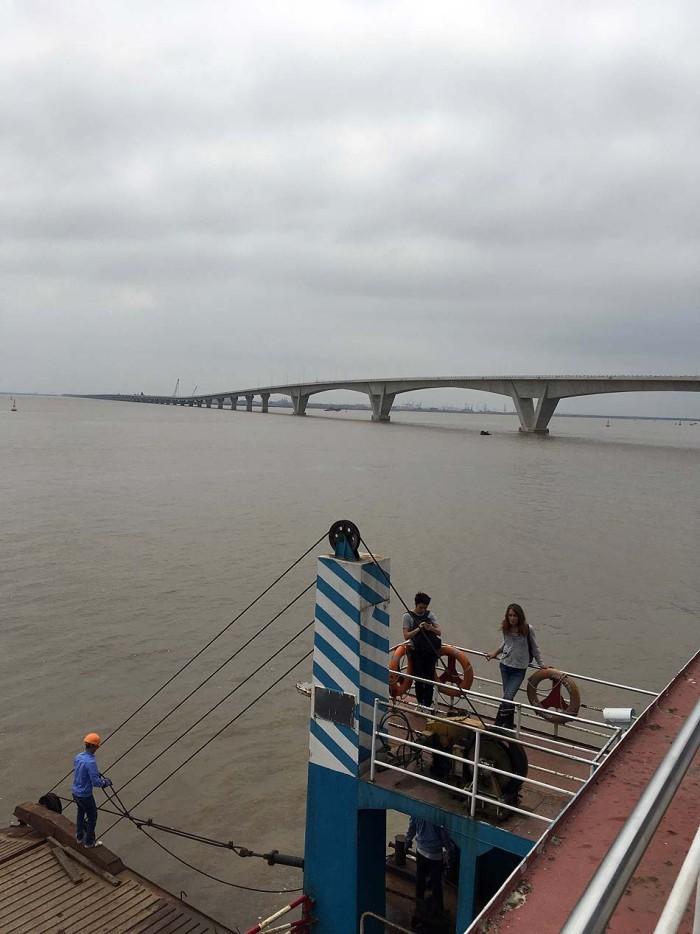 「ラックフェン国際港建設現場(道路・橋梁)」三井住友建設さんが手懸けるベトナム最長の海上橋