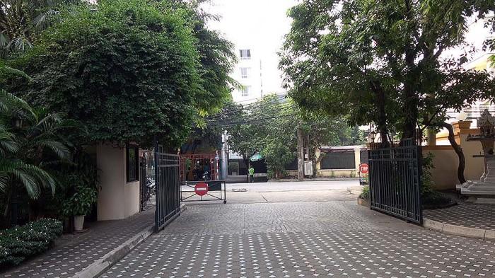 Oriental Palaceは鉄壁のセキュリティに守られています
