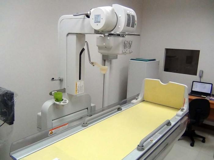 バリウム検査には、高性能な機械と判断のできる技師が必要ですが、体制はばっちりです