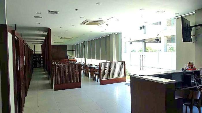 1階はレセプションと和食レストラン「とんぼ」があります