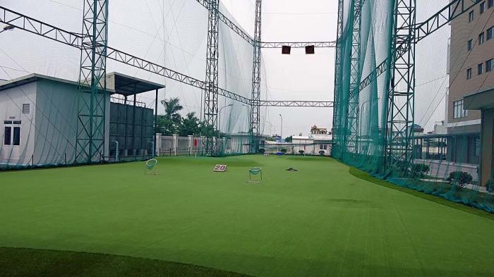 本格的なゴルフ練習場