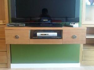 テレビボードまで合せています