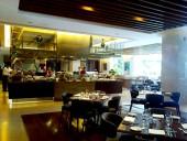 CROWNE PLAZA毎日が豪華Dinnerを提供する食事スペース