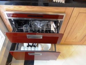 ビルトインの食器乾燥機