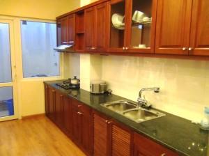 1ベッドルームのキッチン「ゆったりスペースです」