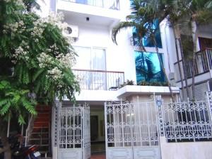 32 Pham Huy Yhong通り【新築】 入り口正面