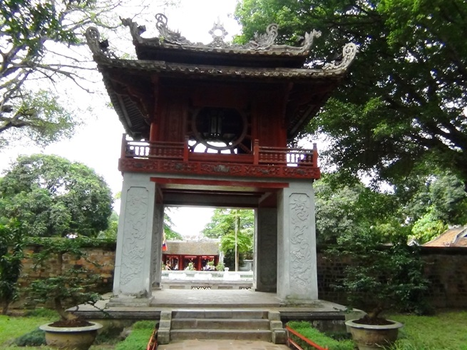 ハノイの孔子廟「文廟」